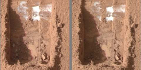 ice in trench on Mars diminishes after 4 Martian days